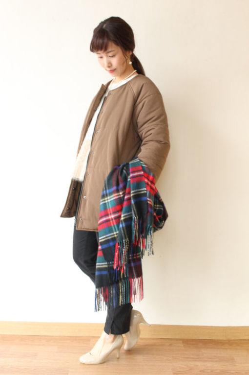 トラッゾドンナ(TORRAZZO DONNA)ノーカラーコクーンシルエットジャケット~♪ 画像