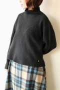 ディニテコリエ(Dignite Collier)ヤク混ハイネックセーター/ブラック
